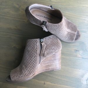 Lucky Brand Jabilo Leather Wedges